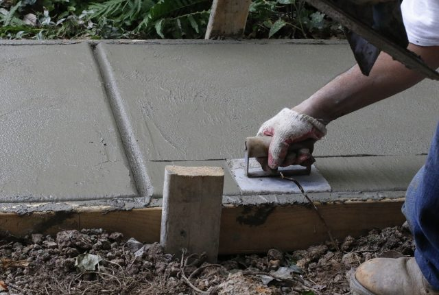 Beton – jak obliczyć, ile go potrzeba